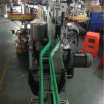 Aplicator de etichete autocolante CE, mașini de etichetare a sticlei de vin Servomotoare de conducere